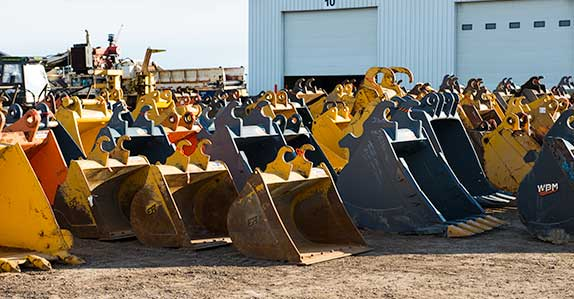 Equipment attachments for sale at Ritchie Bros.